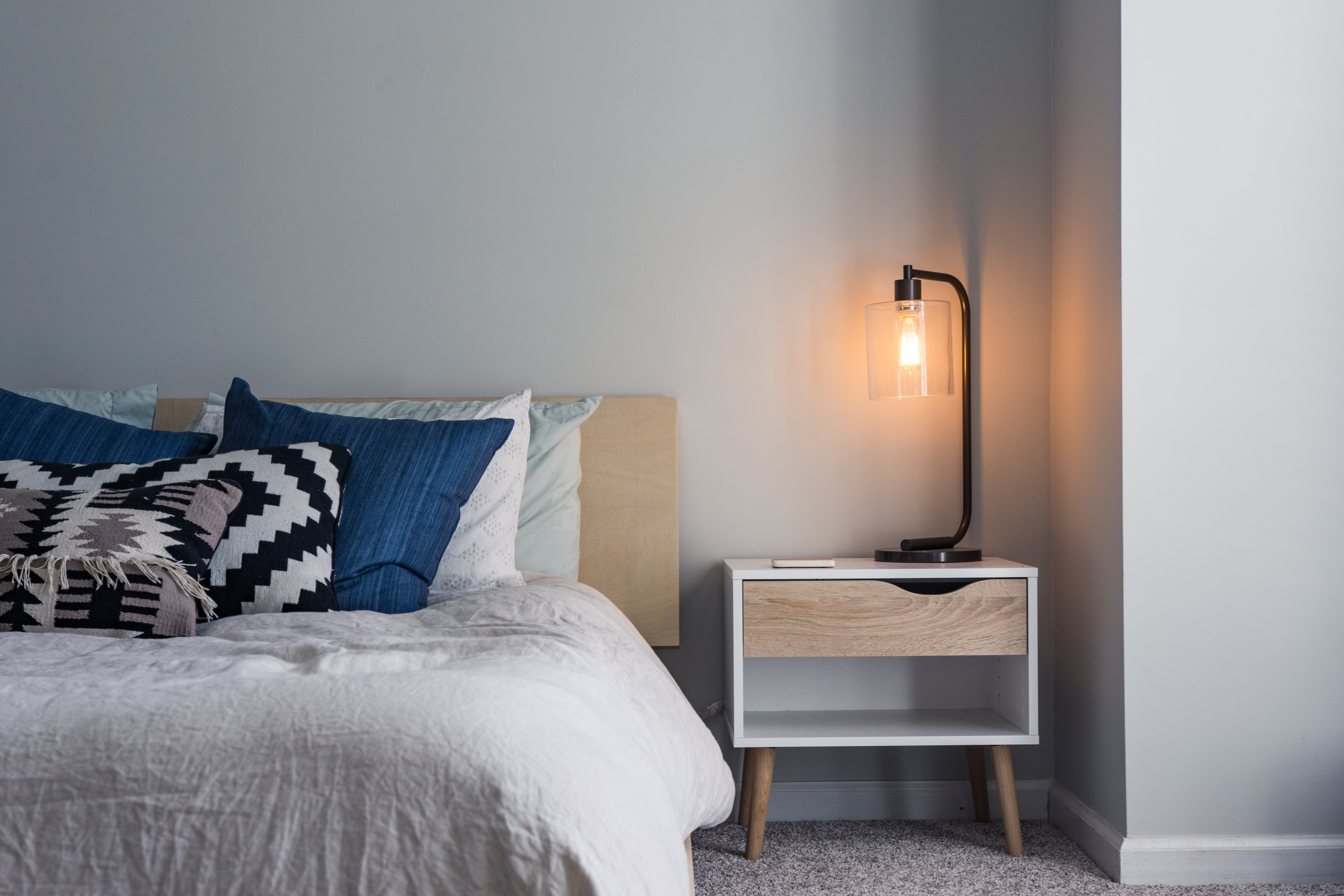 Clear Bedroom Clutter (it's easier than you think!)