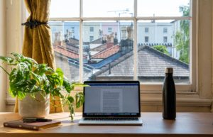 Read more about the article Home Office Declutter: 3 Quick Things to Purge Today